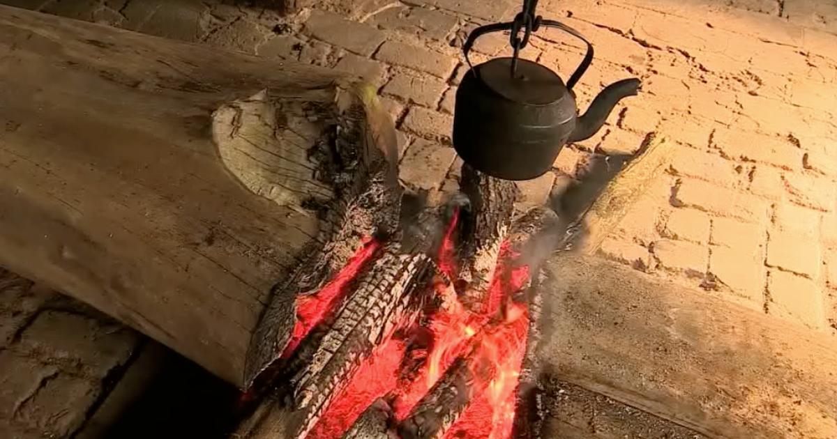 Família mantém aceso fogo de chão em fazenda há 200 anos no RS